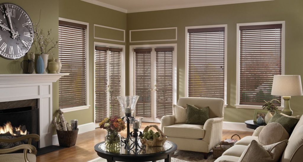 wood blinds ideas living room