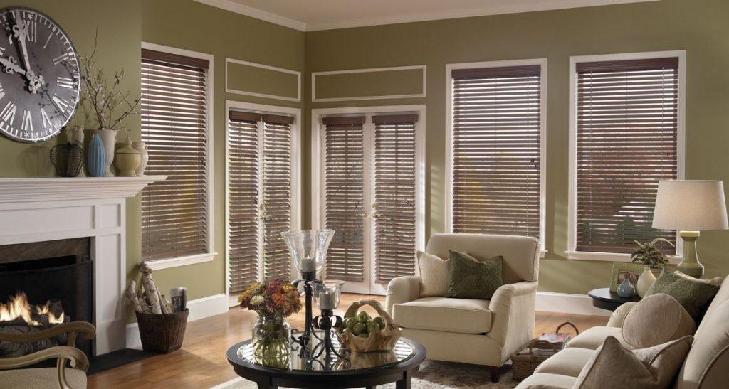 wood blinds ideas living room